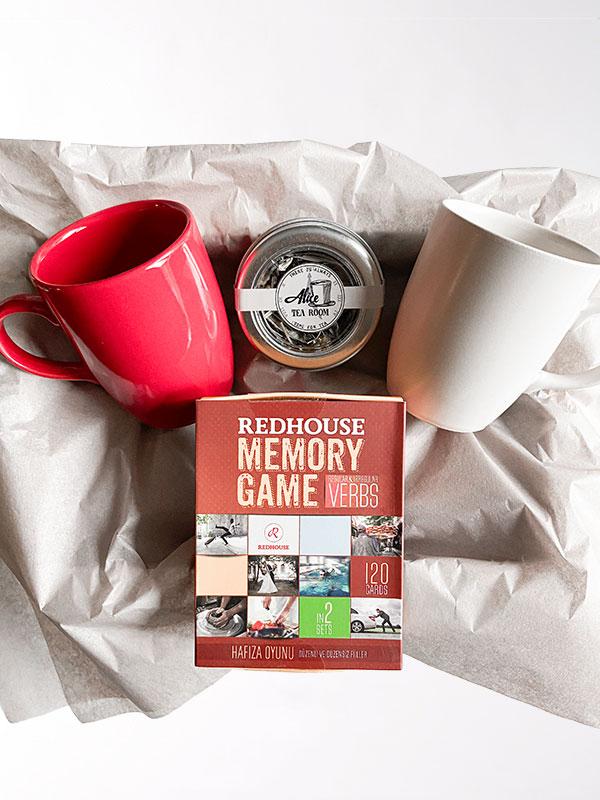 Oyun ve Çay Hediye Kutusu