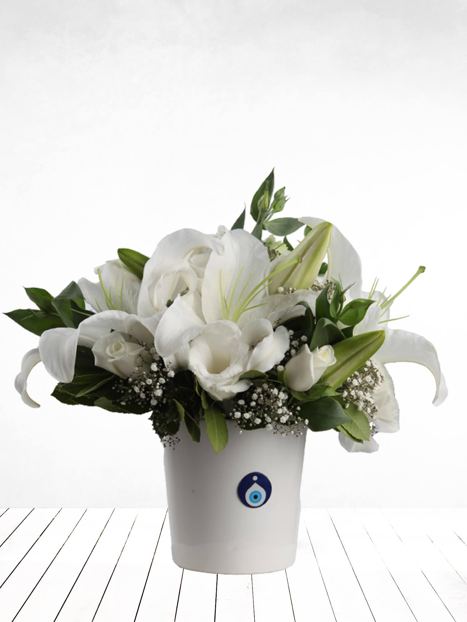 Beyaz Hayal Lilyum ve Güller