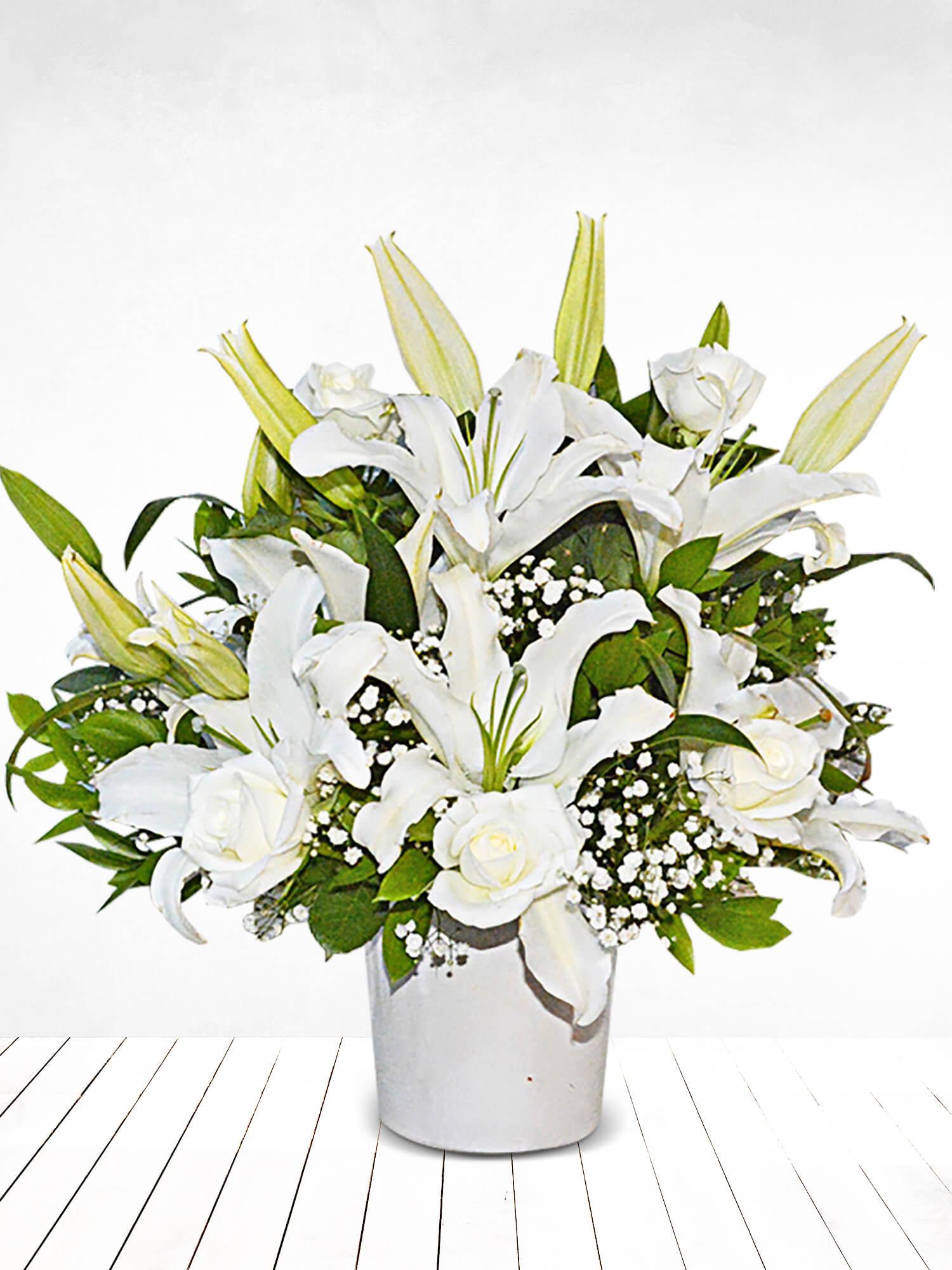 Beyaz Duygu Lilyum ve Güller