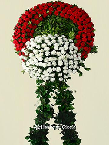 Kırmızı ve Beyaz Karanfillerle Cenaze Çelengi